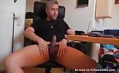 Sborrata sul webcam con un maturo segaiolo