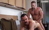 Compilazione porno con maschi muscolosi che fanno sesso senza tregua